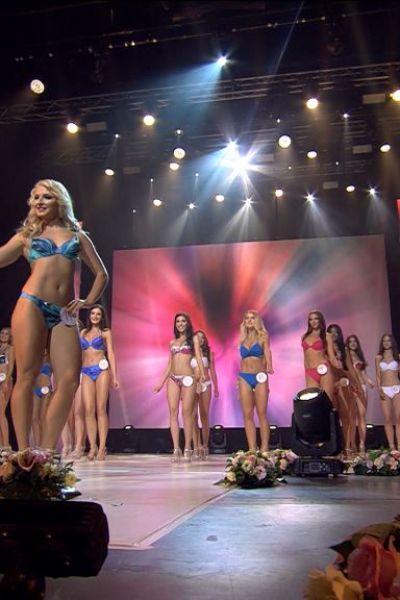 magyarok-vilagszepe-szepsegverseny-finale-szeg-02-20190901-fem3-00-08-42-02-still038E1084CD2-F3AA-BE53-D729-15BE744A2C13.jpg