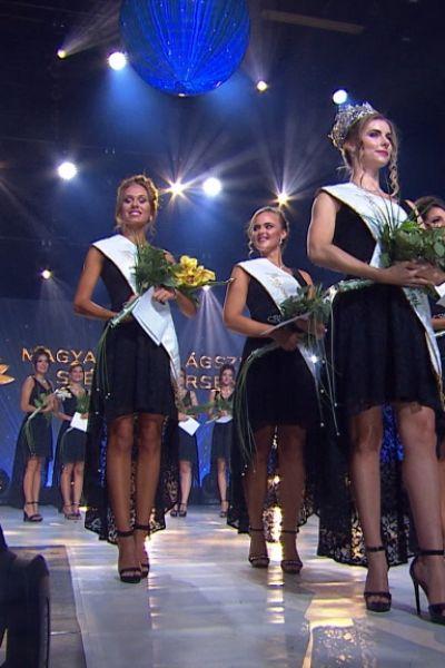 magyarok-vilagszepe-finale-dijatado-219E37ACC0-C231-6138-5925-A59A33D23503.jpg